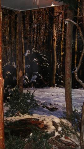 Sztuczny śnieg i sztuczne lodowe sople na wystawie w Muzeum Historycznym Miasta Krakowa.
