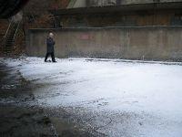 Sztuczny śnieg celuloza na planie Ja, Olga Hepnarova.