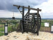 Medieval siege and transport machine - crane...